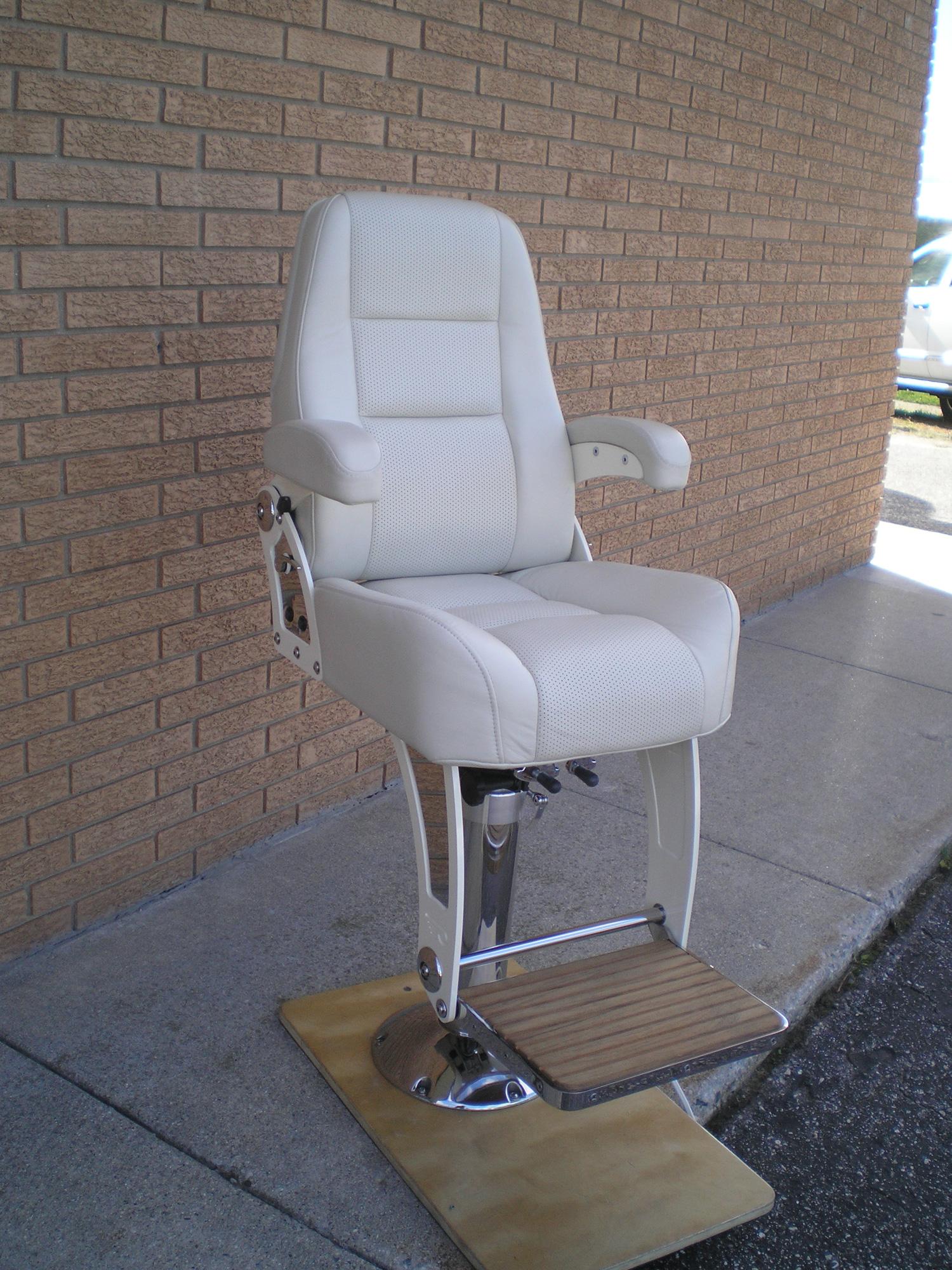 DTS Marine | Optima-Seat